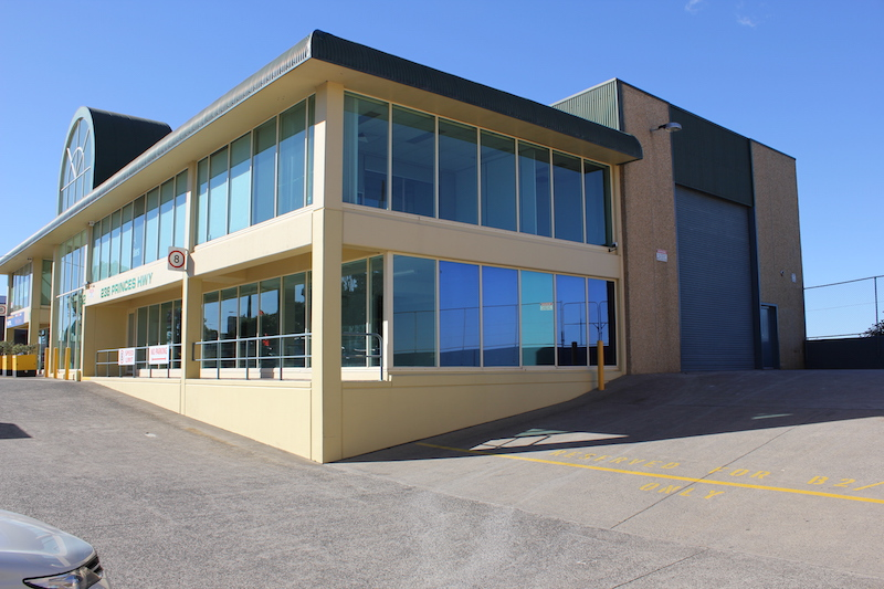 Industrial property for lease in st peters 1