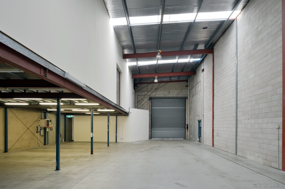 Industrial property for lease in mascot 3