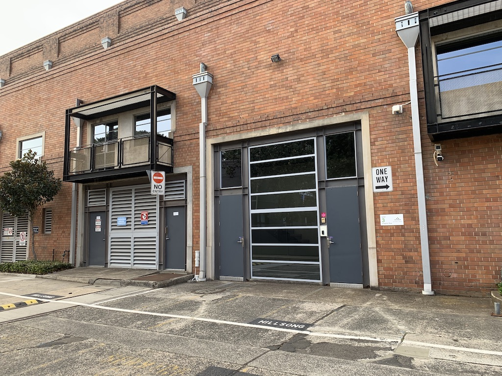 Commercial property for lease in alexandria 1