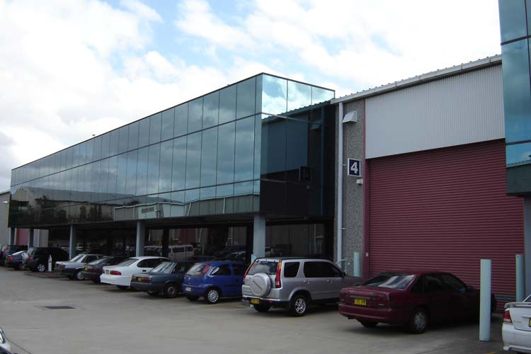 Industrial property for lease in regents park 1